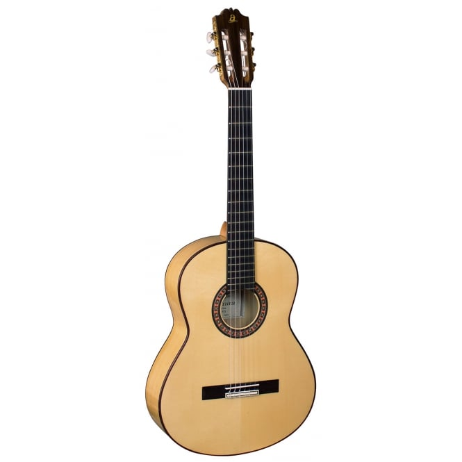 Admira 4/4 Flamenco Guitar