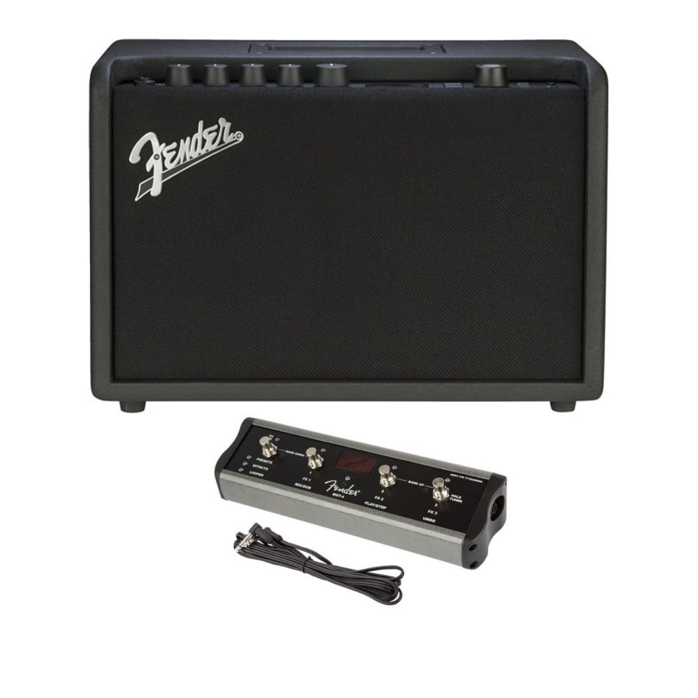 fender mustang gt 40 amp includes 4 way footswitch mgt4. Black Bedroom Furniture Sets. Home Design Ideas