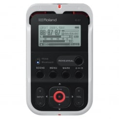 Roland R-07 High Resolution Audio Recorder White