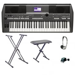 Yamaha PSR S670 Workstation Keyboard Bundle