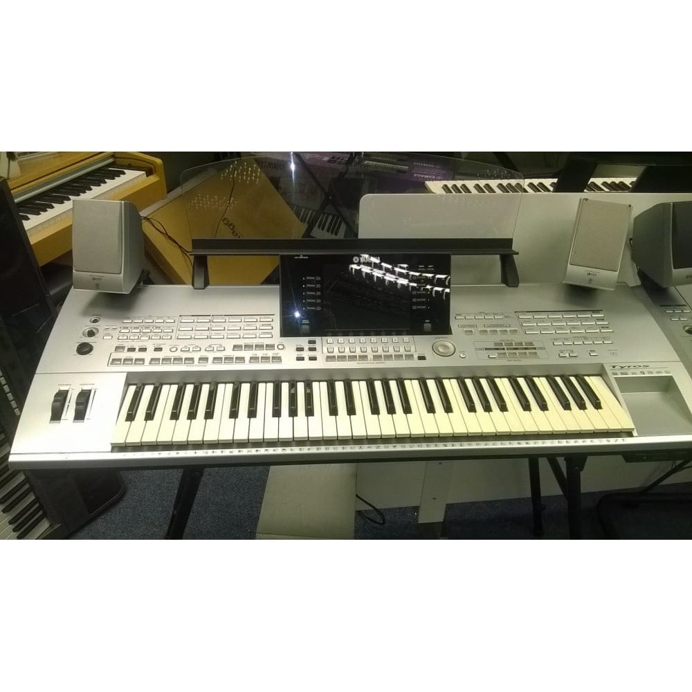 yamaha tyros 1 with speakers used. Black Bedroom Furniture Sets. Home Design Ideas